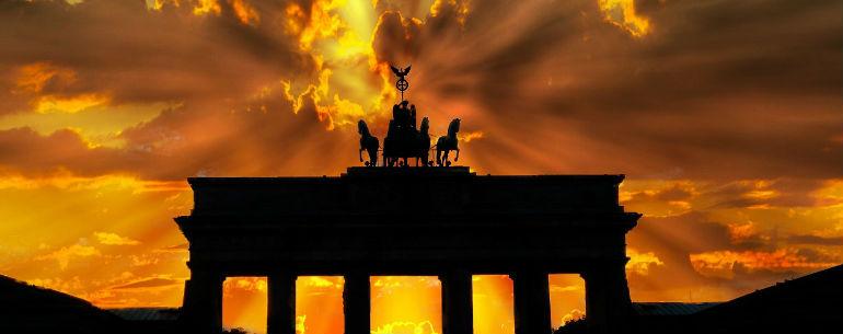 Avio Karta Berlin.Povratne Avio Karte Nis Berlin Za 36 Evra Zajedno Oko Sveta